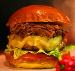 Burger Pulled Pork in Brioche Bun